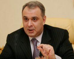 Порошенко и другим чиновникам запретят покидать Украину?